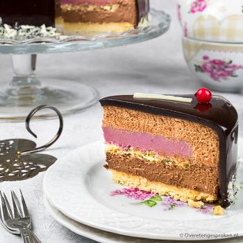 Chocolademousse taart met cremeux van rood fruit - Maak ook deze mooie taart. Ik leg uit hoe je dat het handigst aanpakt. Gaat je lukken!