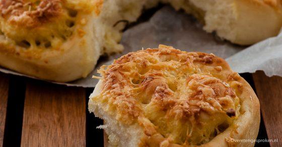 Kaas-uien breekbrood