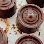 Homemade Rolo's met dulce de leche - Heerlijke chocolade bonbons met karamelvulling. Probeer daar maar eens van af te blijven!