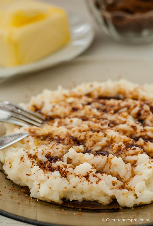 Rijstebrij - Verwarmende, zoete verleiding van rijst, melk, roomboter en bruine suiker.