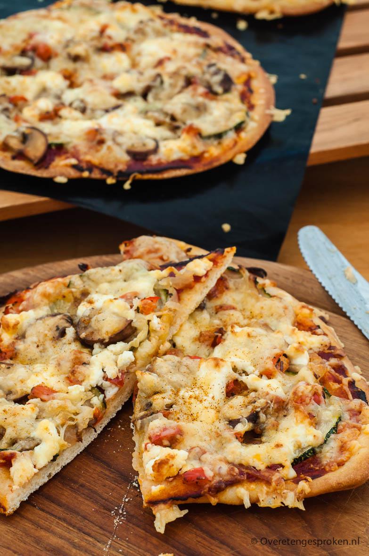Vegetarische mini pizza's - Onbezorgd pizza eten is met deze mini pizza's een koud kunstje. Ongemerkt eet de nodige groenten weg. Heerlijk!!