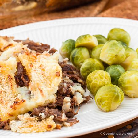 Jachtschotel - Ideale manier om restjes stoofvlees te verwerken maar ook meer dan de moeite waard om het vlees er speciaal voor te stoven.