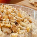 Havermout met appel en walnoot - Start je dag goed met dit lekkere en voedzame ontbijt. Grotendeels van tevoren te bereiden dus 's ochtends geen gedoe.