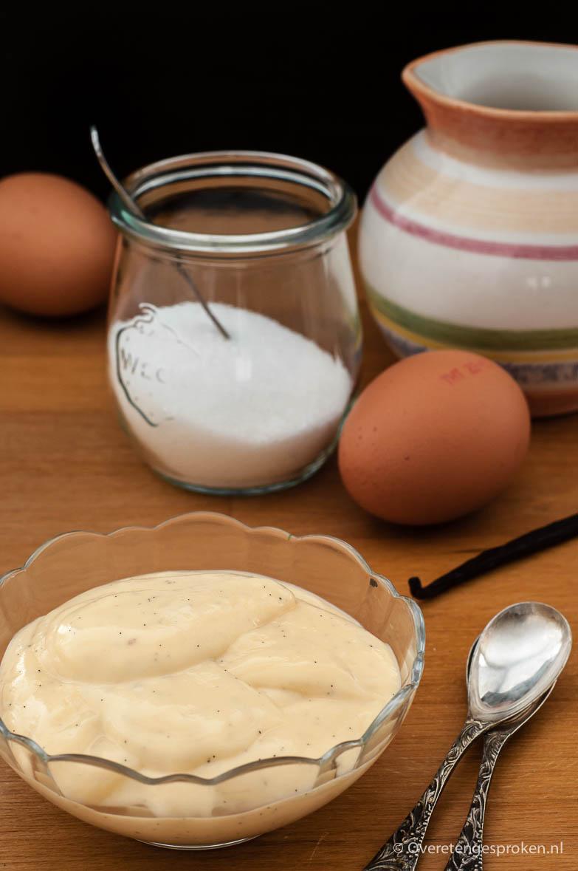 Vanillevla - Echte, huisgemaakte vla met de pure smaken van melk, eidooier en vanillemerg. Niet moeilijk en binnen twintig minuten klaar!