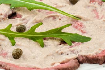 Vitello tonnato met rosbief