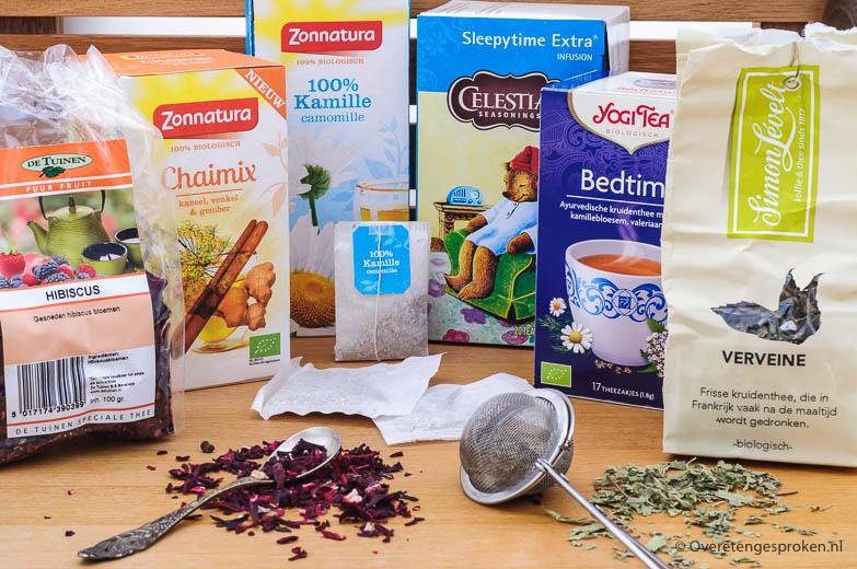 Kruidenthee - In dit blog leg ik uit wat het verschil is tussen gewone en kruidenthee, bespreek enkele kruidentheeën en vertel wat ze voor je kunnen doen.