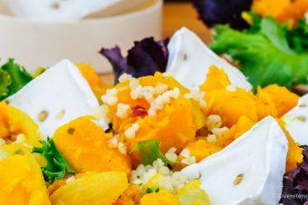 Salade met pompoen, bulgur en geitenkaas brie