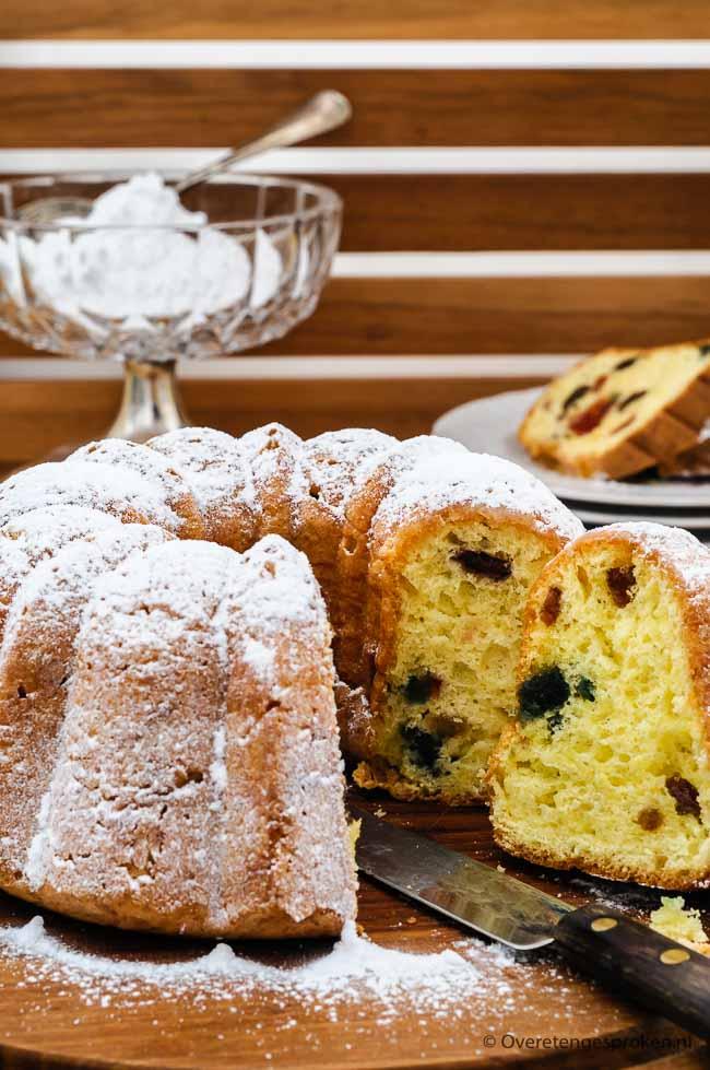 Klassieke of moscovische tulband - Heerlijk luchtig gebak met rozijnen en vruchtjes. In dit recept leg ik precies uit hoe jij ook zo'n lekkere tulband bakt.
