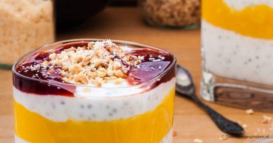 Overnight oats met yoghurt en mango