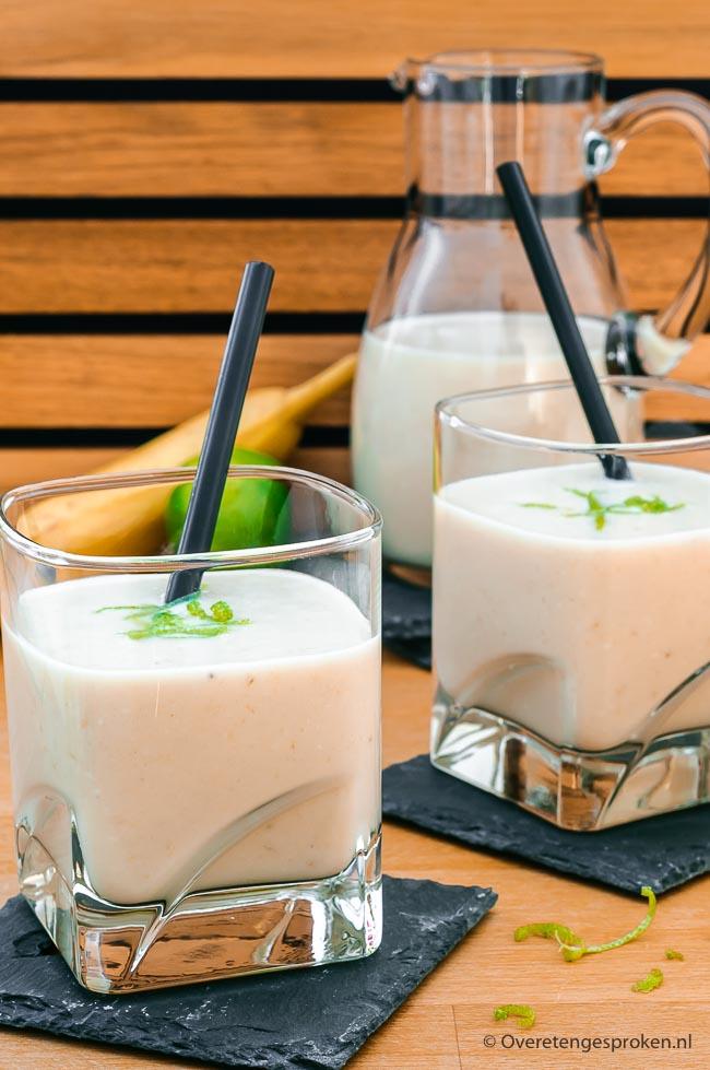 Drinkyoghurt - Frisse drank van yoghurt en fruit. Met dit recept maak jij voortaan zelf de lekkerste suikervrije drinkyoghurt met verse ingrediënten.