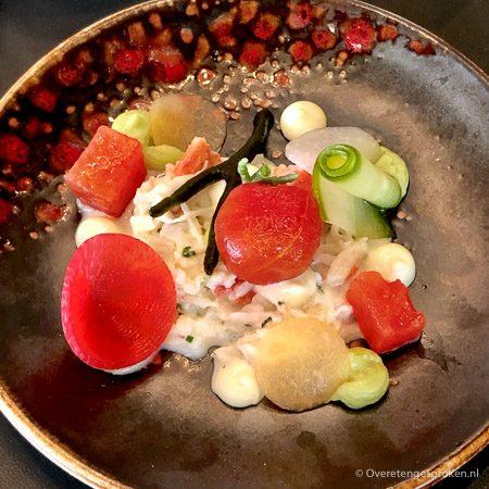 Krab, avocado, cantaloupe meloen, tomaat