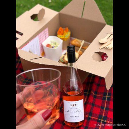 Karakter's Picknick Box