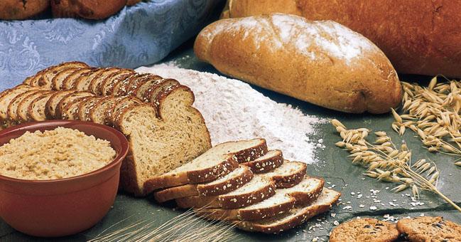 Bloem, meel en alles wat je daarover wilt weten - In dit artikel lees je alle ins en outs zodat jij voortaan het juiste product voor jouw baksel kiest.