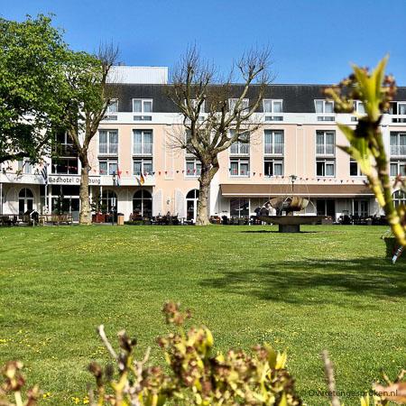 Badhotel Domburg - Op het Zeeuwse eiland Walcheren, omgeven door natuur ligt Badhotel Domburg. Een heerlijke plek om uit te waaien en tot rust te komen.