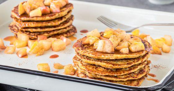Pancakes met wortel, appel en gember