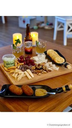 Kaasplank met BATU Kombucha en kaas kroketten