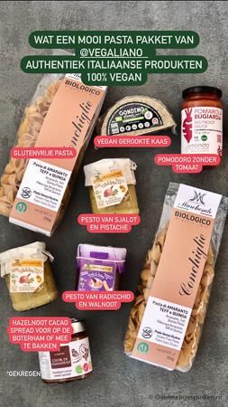 Vegaliano voor vegan Italiaanse delicatessen