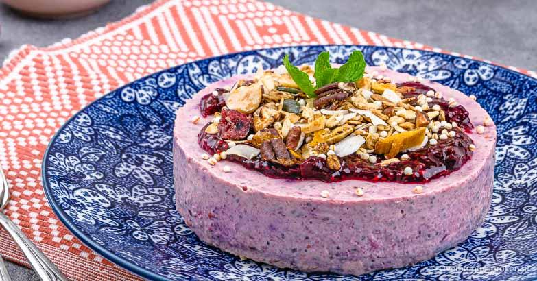Ontbijttaartjes met yoghurt en granola