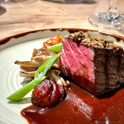 Restaurant LEV. @ de Wereld - Fijn en gastvrij dineren in het historische Hotel de Wereld. Seizoensgebonden keuken en regionale ingrediënten.